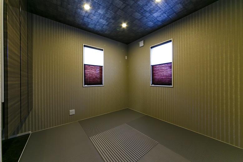 モスグリーンが際立つシャープなウッド調のキューブスタイルの写真4