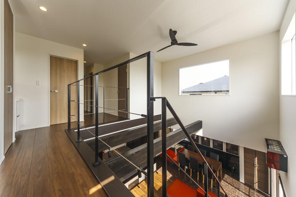 豪華さと煌びやかさを兼ね備え、素材、デザイン、心地よさすべてにこだわった上質の建物の写真4