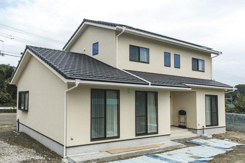 和風テイストで収納豊富な間取りの落着いた雰囲気の二世帯住宅の写真2