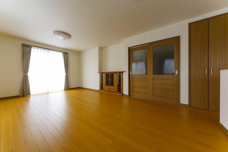 和風テイストで収納豊富な間取りの落着いた雰囲気の二世帯住宅の写真4